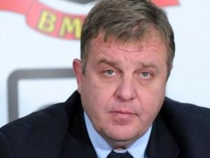 Каракачанов: Оставката на Цачева не застрашава кабинета