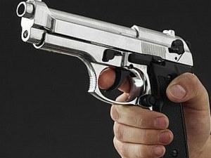 Пиян руснак пробва да обере магазин, не намери пистолета си