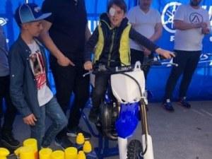 Шампионът по мотокрос Мартин Тодоров връща мотокроса в родния Перник