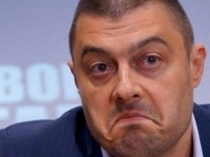 Бареков обясни защо не е участвал в гласуването в Европарламента СНИМКА