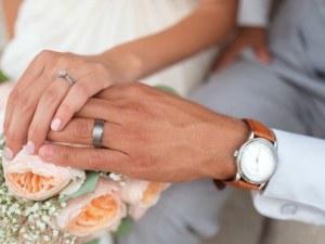 Не са мазохисти, а... Защо жените всъщност искат да се омъжат?