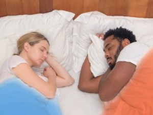 Създадоха идеалното одеяло за двойки ВИДЕО