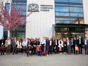 Расте броят на младите, които искат да се занимават с наука в Пловдив