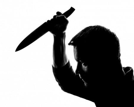 50-годишен наръга в гърдите свой съселянин в Садовец