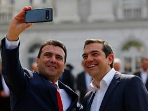 Гръцки самолети ще пазят без пари Северна Македония