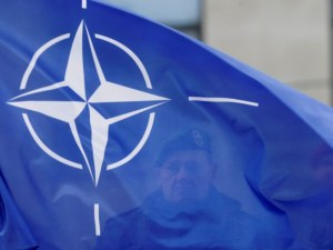 НАТО със засилено присъствие в Черно море, отговаря на руската агресия в Украйна