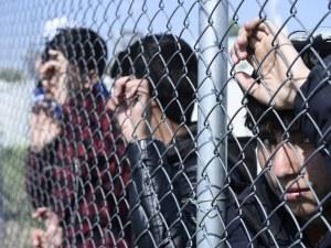 Мигрантски мъки ни налегнаха. Следим бежанците от Солун. Ще тръгнат ли? Накъде?