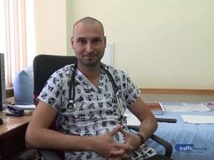 Младите лекари на Пловдив: Д-р Паунов е трето поколение лекар и второ поколение политик
