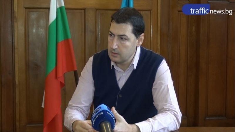 Общинският съвет отхвърли оставката на Иван Тотев от УС на