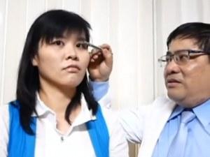 Откриха четири малки пчели в окото на 28-годишна жена