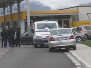 Престрелка на летище в Албания! Убиха въоръжен мъж след обир