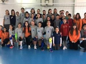 Децата на Марица подгряват финалите за Купата в Колодрума