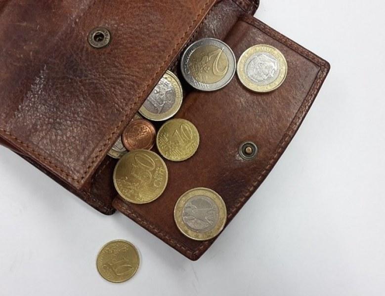 Българи и румънци на евродъното – взимаме най-малките заплати