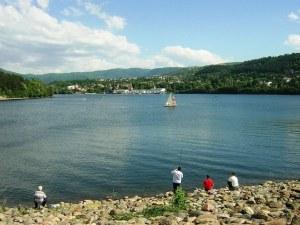 Акция SOS за Панчаревското езеро, боклуците го задушават!