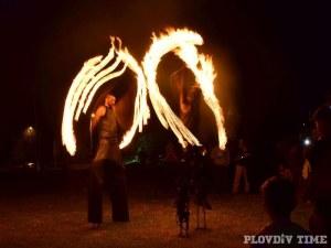 Огнено шоу ще освети днес Бунарджика