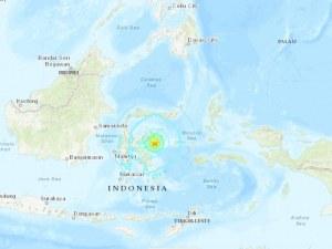 Силно земетресение от 6,8 по Рихтер разлюля Индонезийски остров