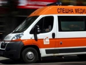 Такси се удари челно в ТИР край Сливница, загина таксиджията