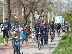 1300 ентусиасти се метнаха на велосипеди и потеглиха по велоалеите на Лаута