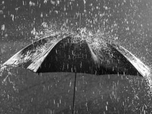 Жълт код за валежи в 4 области. Вижте къде