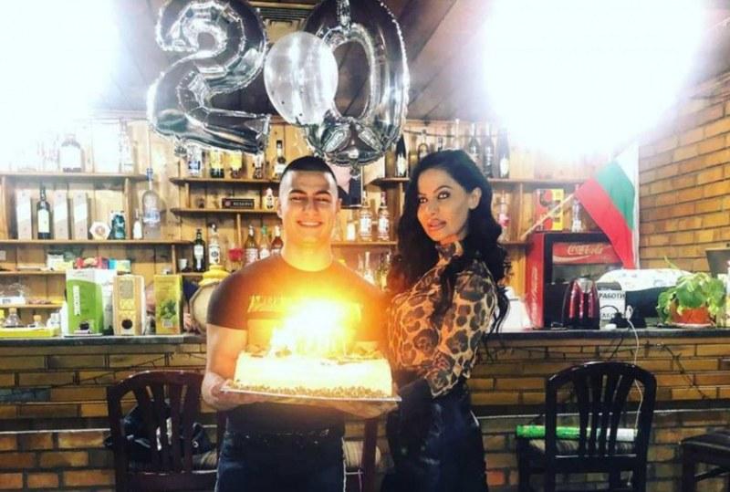 Татяна с пищно тържество за 20-тия рожден ден на сина си