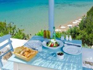 Топ 10 причини да посетите Гърция и този сезон