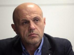 Дончев се изповяда: Влязох в гнездото на гнева в Габрово, вече съм друг политик и човек