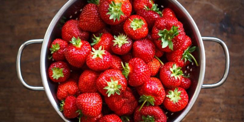 Защо да похапваме ягоди през пролетта?