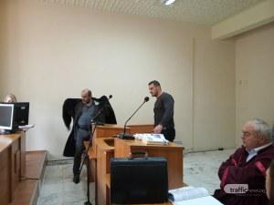 Фарс в съда: Перата репликира обвинители и вещи лица, били предубедени