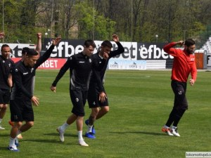 Локо хвърля 7 юноши срещу Дунав утре