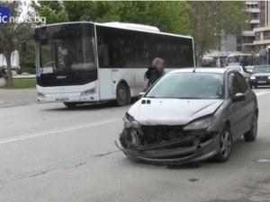 Шофьорът на автобуса от ПТП-то в Тракия: Колегата се вряза в мен, след опит за обратен завой