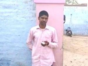 Индиец отряза пръста си след като гласува за грешната партия