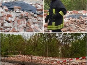 Ограда на военно поделение рухна в Хасково, пешеходец загина