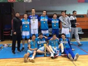 Децата на Академик Бултекс 99 със злато и бронз от силен турнир в Сараево