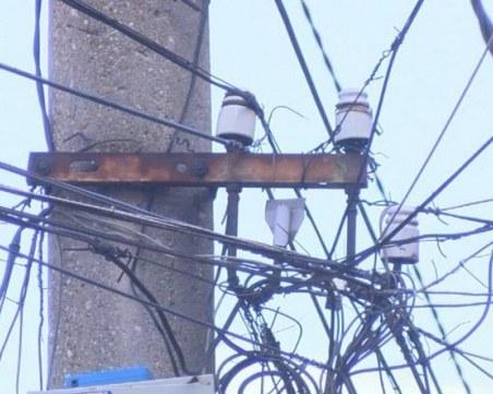 Мащабно! Разкриха кражба на ток от ферма за над 40 000 лева