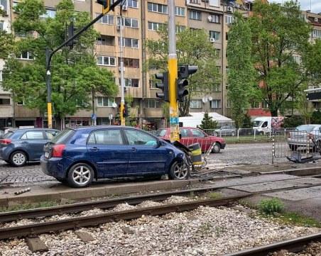 Жена с над 3 промила седна зад волана и катастрофира в София