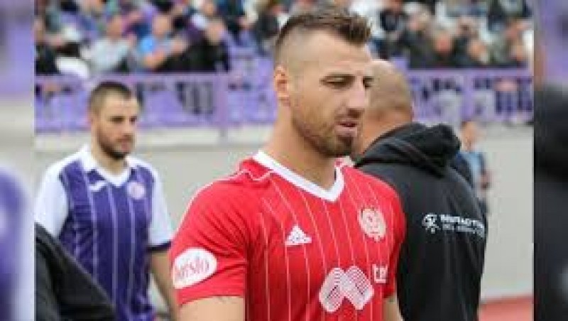 Наказаха национал от ЦСКА, пропуска мача с Ботев за Купата