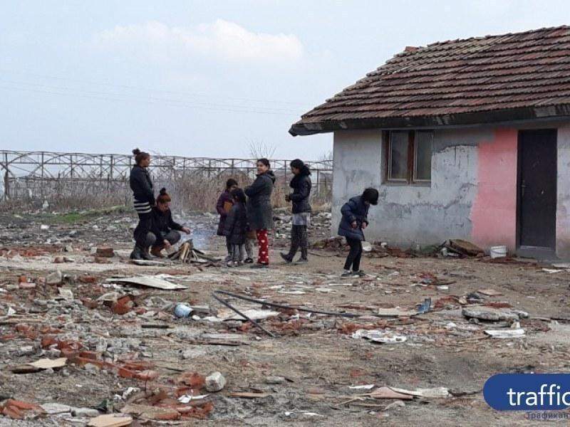 Съдът в Страсбург определи: 16 прогонени от Войводиново роми да получат жилища!