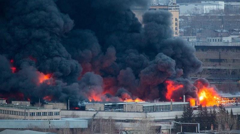 Загасиха пожара във военния завод в Русия