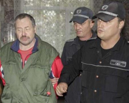 Стрелецът от Лясковец съди държавата за 1 млн. лева, тормозен бил!?