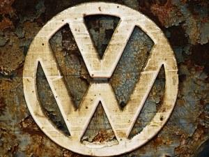 Битка по братски, или не съвсем! Какво предлагат София и Белград на VW?