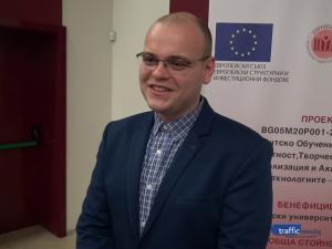Младите лекари на Пловдив: С КиберНож д-р Попов и колегите му спасиха двама пациенти с рядко заболяване