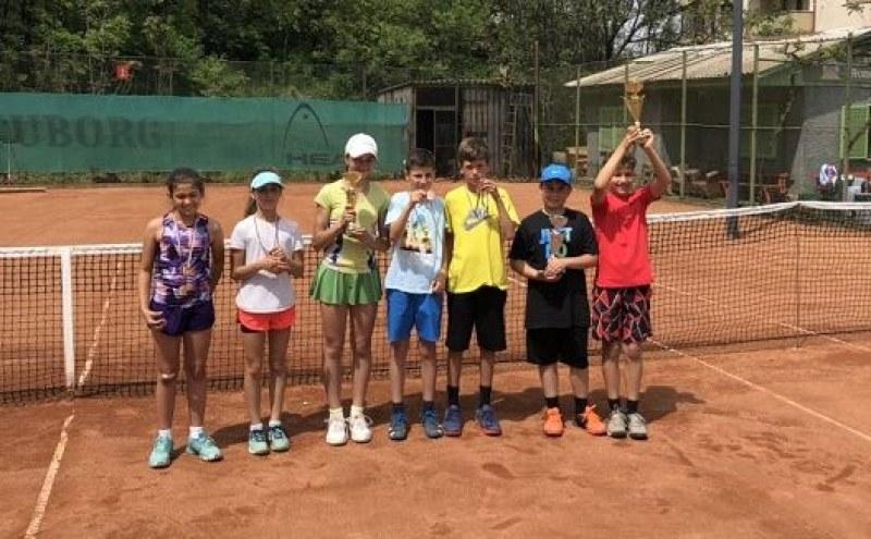 Победи за Асеновград и Пловдив на тенис турнир за деца
