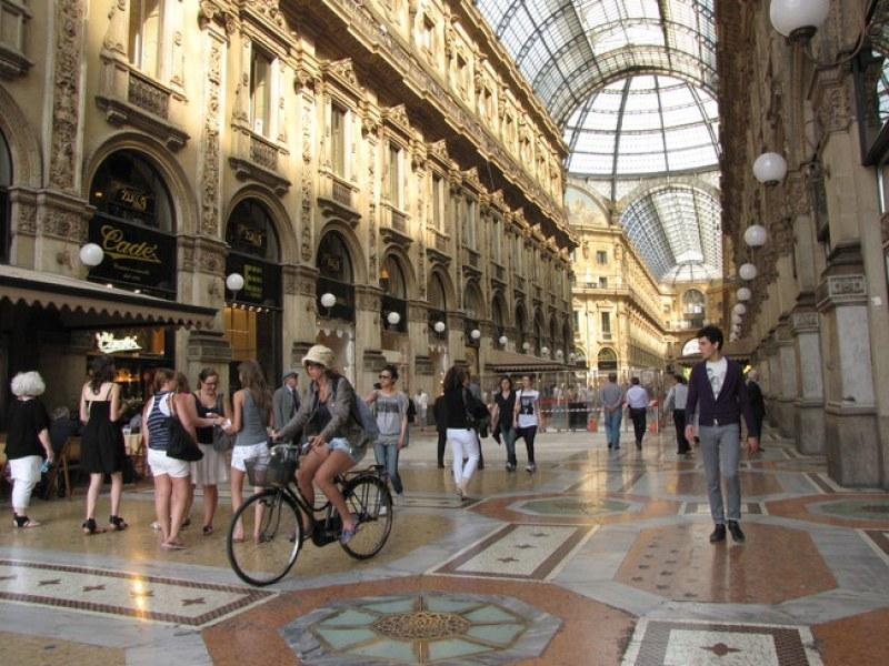 Плануват да затворят всички магазини в Италия всяка неделя