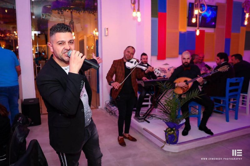 Гръцки вечери огласят Пловдив! Бузуки бенд забавлява гостите на