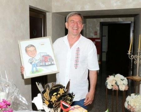 Пенчо от Чикаго дари 10 000 лева на болницата в Сливен