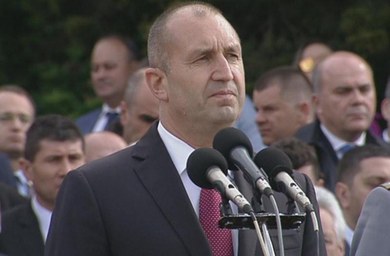 Президентът категоричен: Равноотдалечен съм от всички партии!