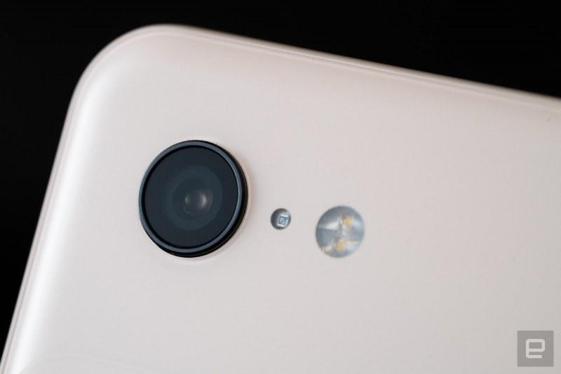 Google пуска смартфон на цена под 400 долара