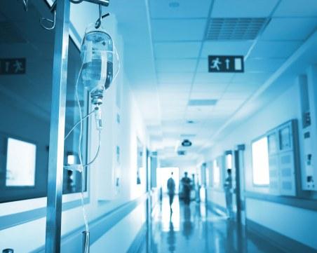 В кома, на апаратно дишане – лекари се борят за простреляните в Трапоклово