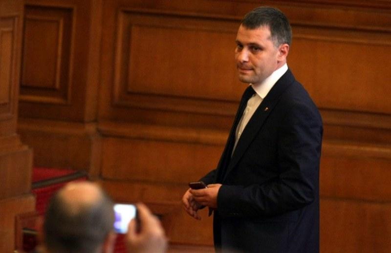 Александър Сиди от ВМРО: Хората ще вземат правосъдието в свои ръце, ако държавата не предприеме мерки срещу циганската престъпност!