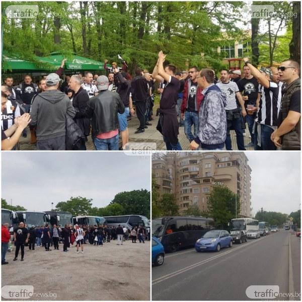 Пловдив почерня! Над 40 рейса с фенове на Локомотив потеглиха към София